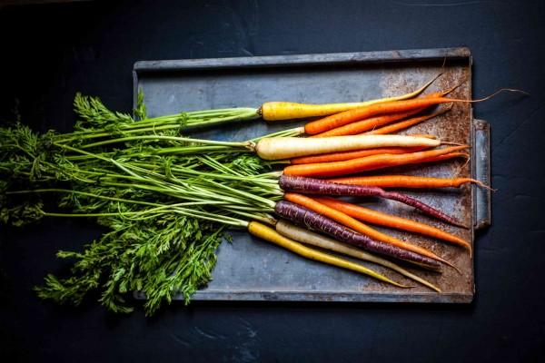 Karottengr-n