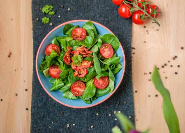 Salat_Crunchy_Tomatoes